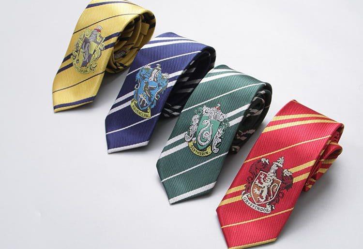 Товары из Гарри Поттера с Алиэкспресс: 10 крутых подарков для фанатов