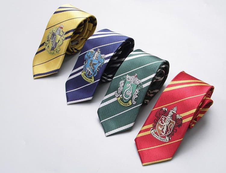 Галстуки факультетов Хогвартса купить на Алиэкспресс
