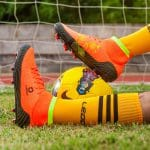 Бутсы на Алиэкспресс: 5 качественных и недорогих вариантов для футбола
